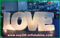 China Bunte aufblasbare Buchstabe-Liebe mit geführtem Licht für Partei-/Hochzeits-Dekoration usine