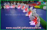 China 8m lange aufblasbare Beleuchtungs-Dekorations-Lilien-Nylonblume Chai für die Heirat usine